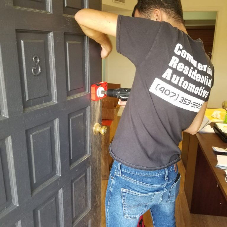 residential locksmith Tampa